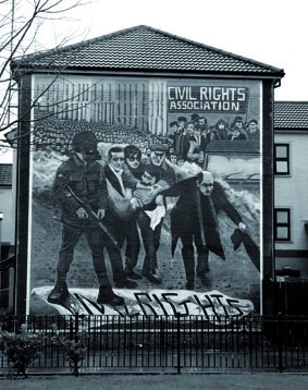 Copie de bloody_sunday_mural_bogside_2004_smc.jpg